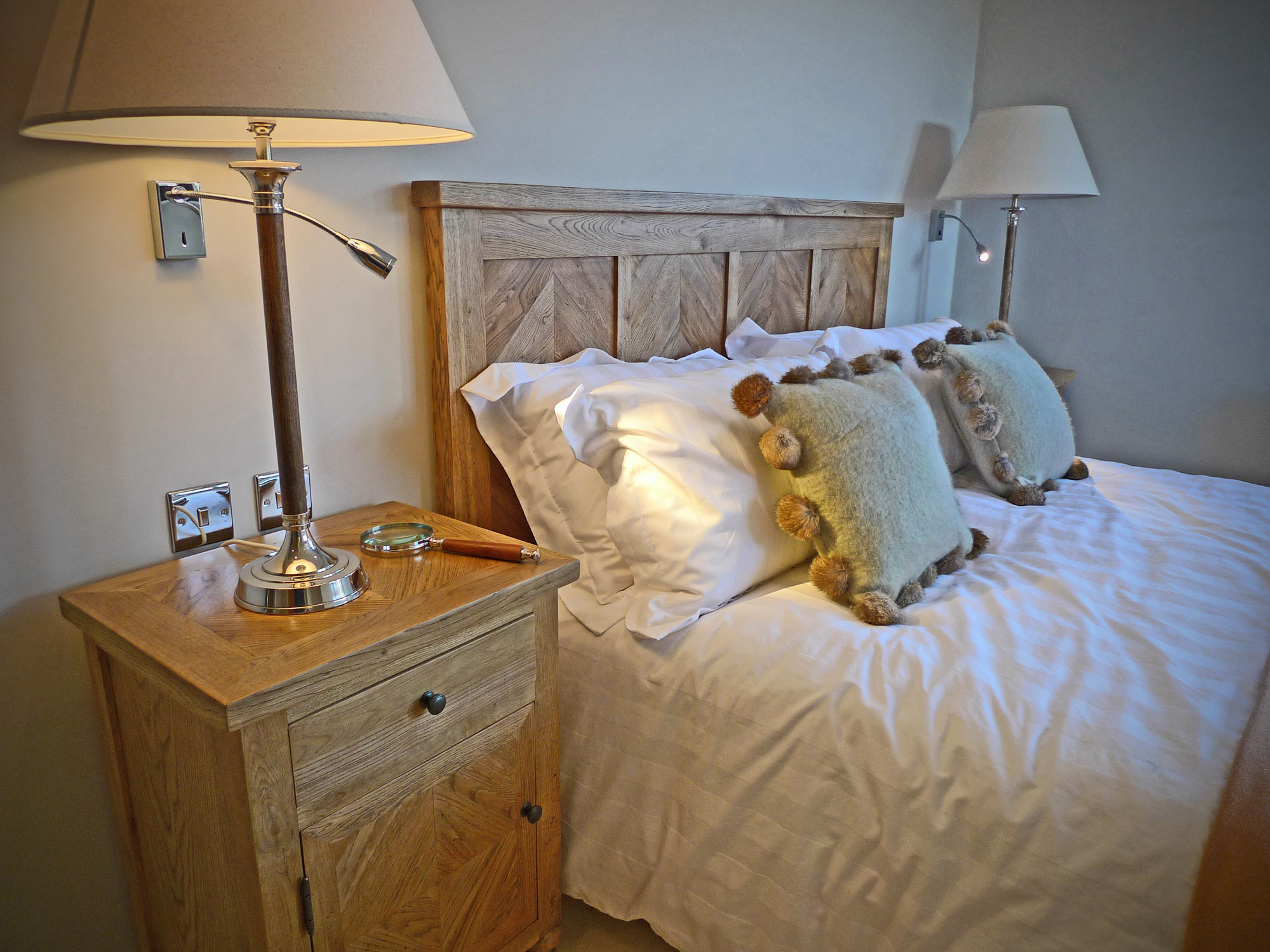 Woodland Lodge Retreat, Group Accommodation Holiday Home, 10-14 guests